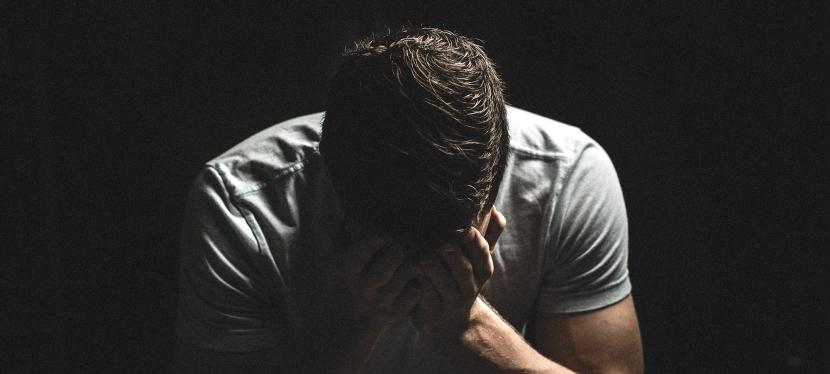 Porqué y Cómo los Narcisistas Juegan al Juego de laVergüenza